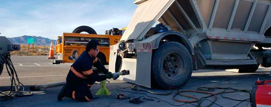 24/7 Emergency Truck Repair