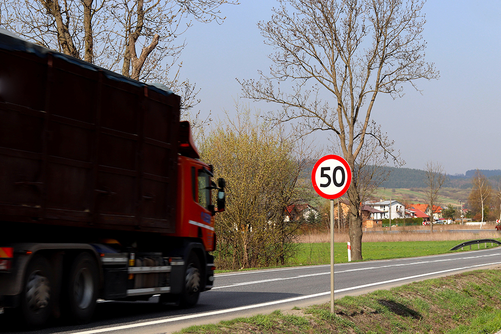 Respect Semi Truck and Large Truck Speed Limits