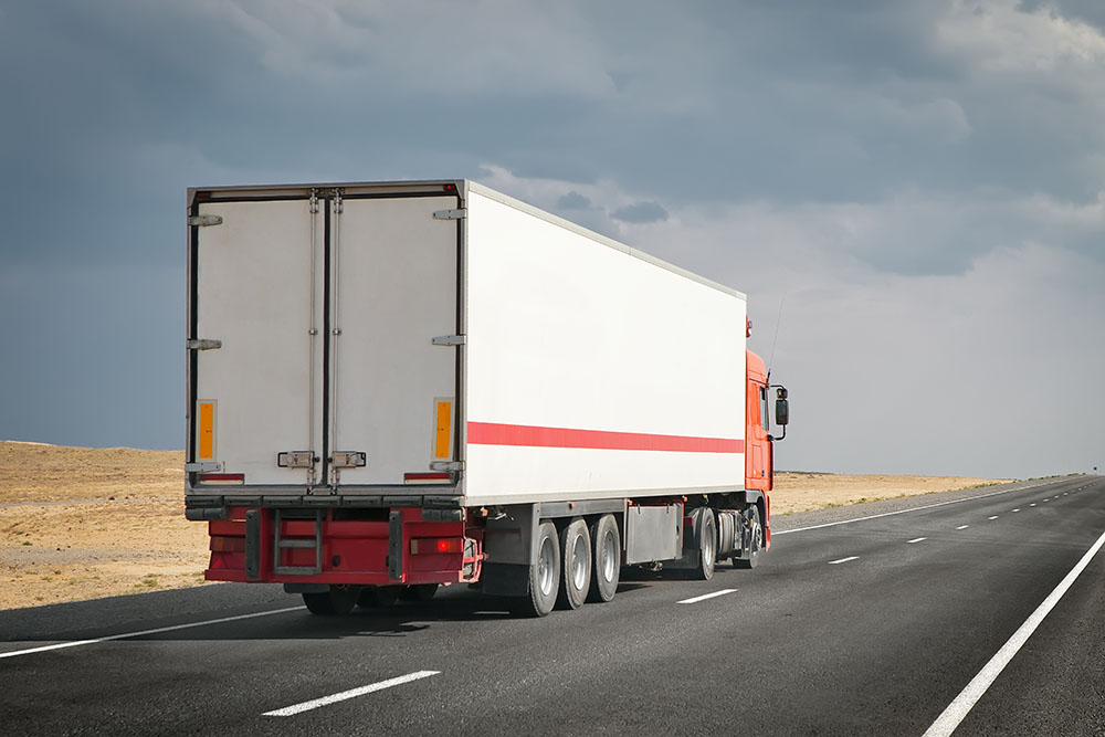 Safe Truck Driving for Clean Driving Record